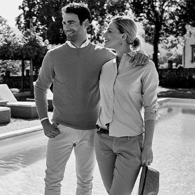 miesten neule ja naisten paitapusero