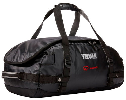 thule duffel laukku reppu logolla